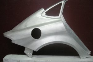 Prototipo parafango battitura manuale
