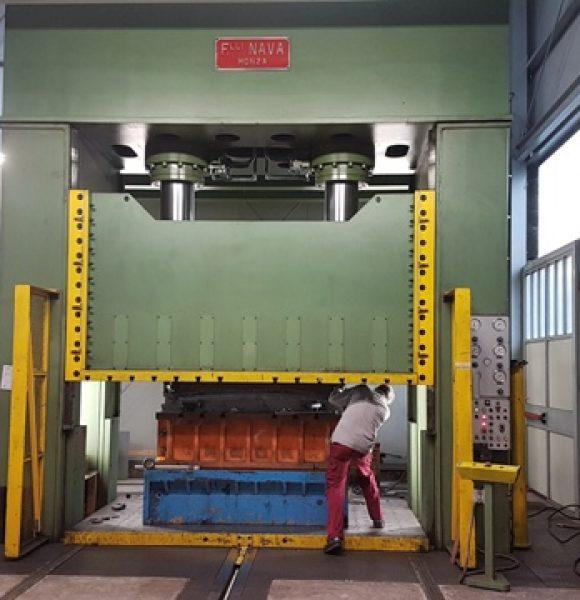 Pressa Nava Idraulica 600 tonn